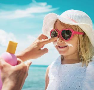 Peau des enfants et Protection solaire pour enfant pas cher